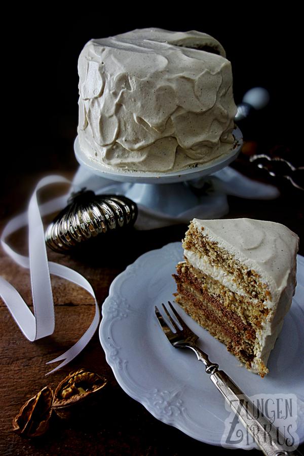 winterliche Torte mit Walnussbiskuit