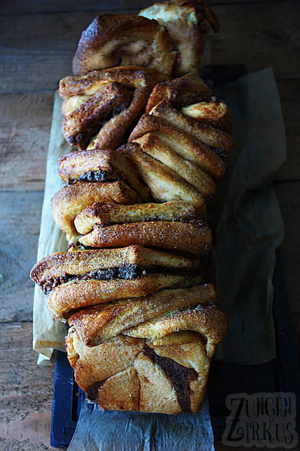 Pull apart bread - Zupfbrot mit Zimt