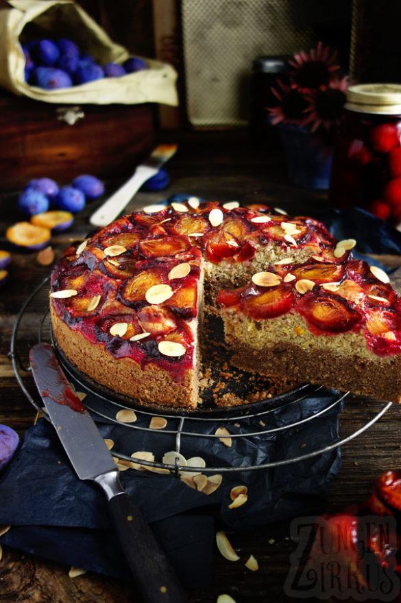 Zwetschgen-Zucchinikuchen Pflaumenkuchen