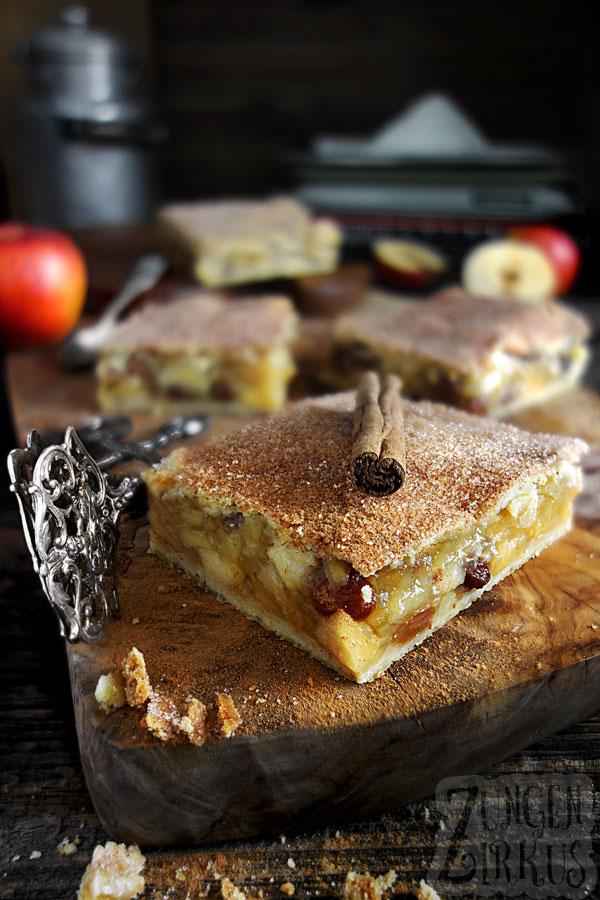 Gedeckter Apfelkuchen mit Zimt-Knusperdecke